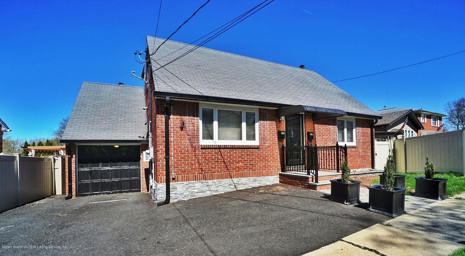 Two Family - Detached in Clove Lake - 125 Beverly Avenue  Staten Island, NY 10301