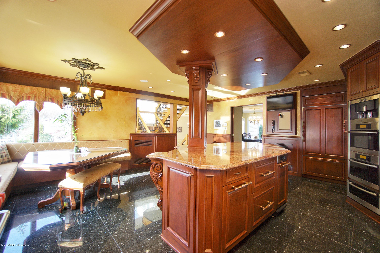Single Family - Detached 31 Seidman Avenue  Staten Island, NY 10312, MLS-1136904-12