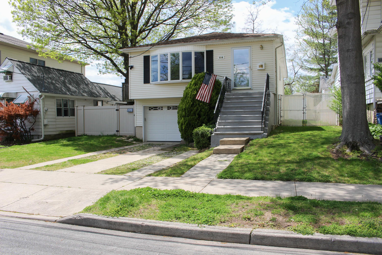 Single Family - Detached in Tottenville - 606 Rockaway Street  Staten Island, NY 10307