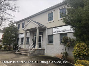 401 Bloomingdale Road, Staten Island, NY 10309