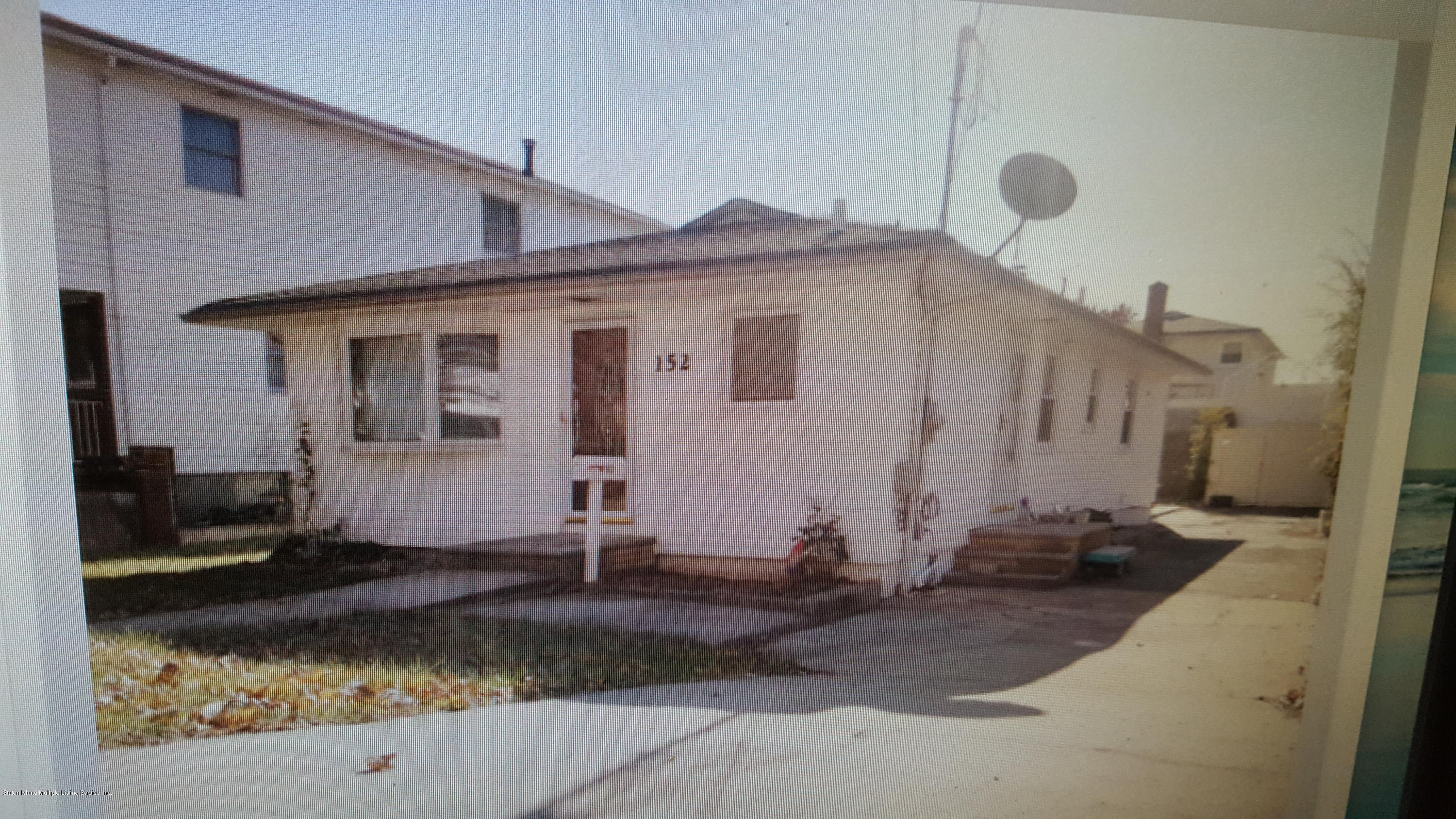 Single Family - Detached 152 Burgher Avenue  Staten Island, NY 10304, MLS-1137084-19