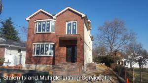 37 Hull Avenue, Staten Island, NY 10305