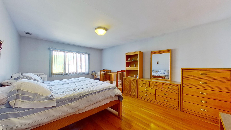 Single Family - Detached 52 Ridge Avenue  Staten Island, NY 10304, MLS-1137190-23