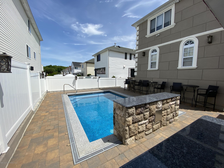 Two Family - Detached 88 Churchill Avenue  Staten Island, NY 10309, MLS-1136317-31