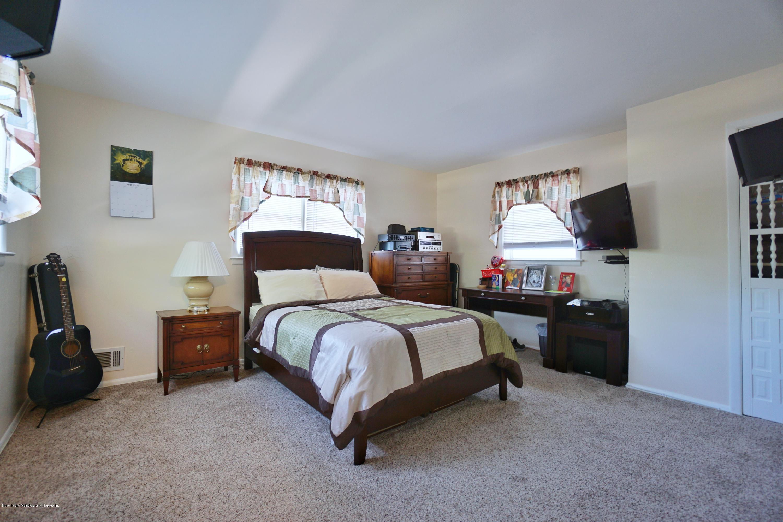 Single Family - Detached 355 King Street  Staten Island, NY 10312, MLS-1137224-10