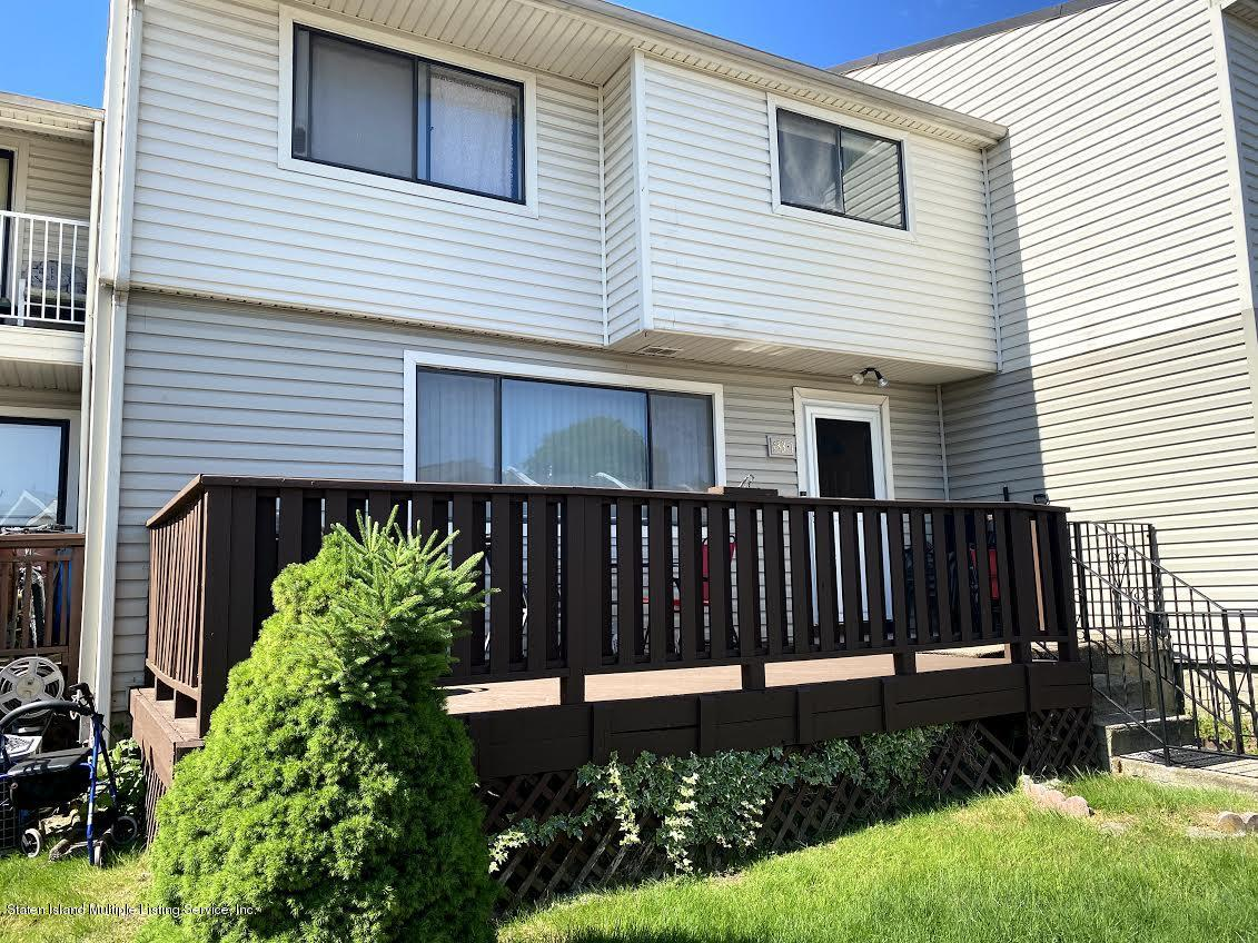 Condo in Westerleigh - 433 Willow Road 1  Staten Island, NY 10314