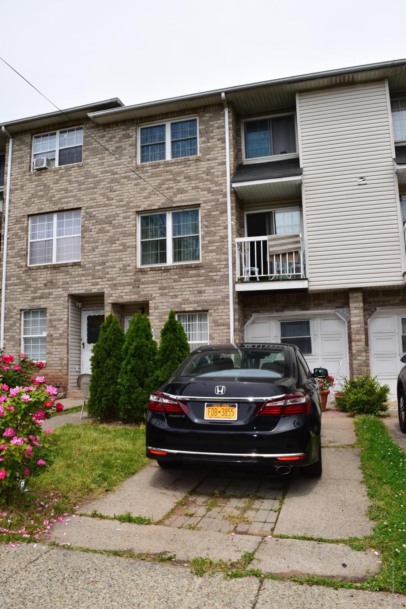 Single Family - Attached 361 Hylan Boulevard  Staten Island, NY 10305, MLS-1137187-2