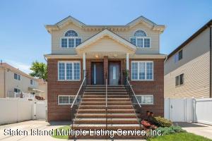 8 Hempstead Avenue, Staten Island, NY 10306