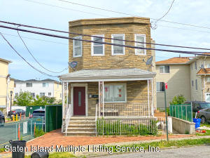 139 Father Capodanno Boulevard, Staten Island, NY 10305