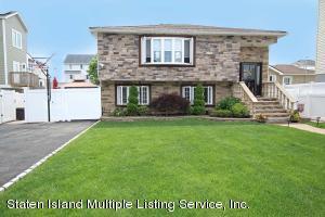 301 Hunter Avenue, Staten Island, NY 10306