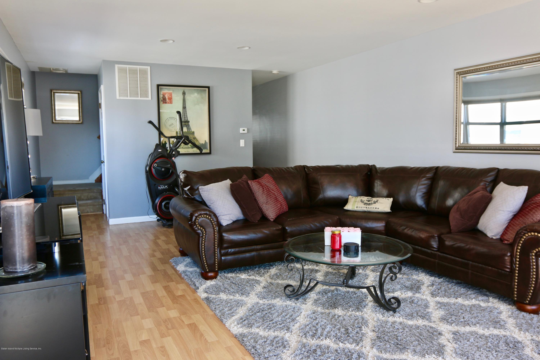 Single Family - Semi-Attached 327 Seaver Avenue  Staten Island, NY 10305, MLS-1137598-4