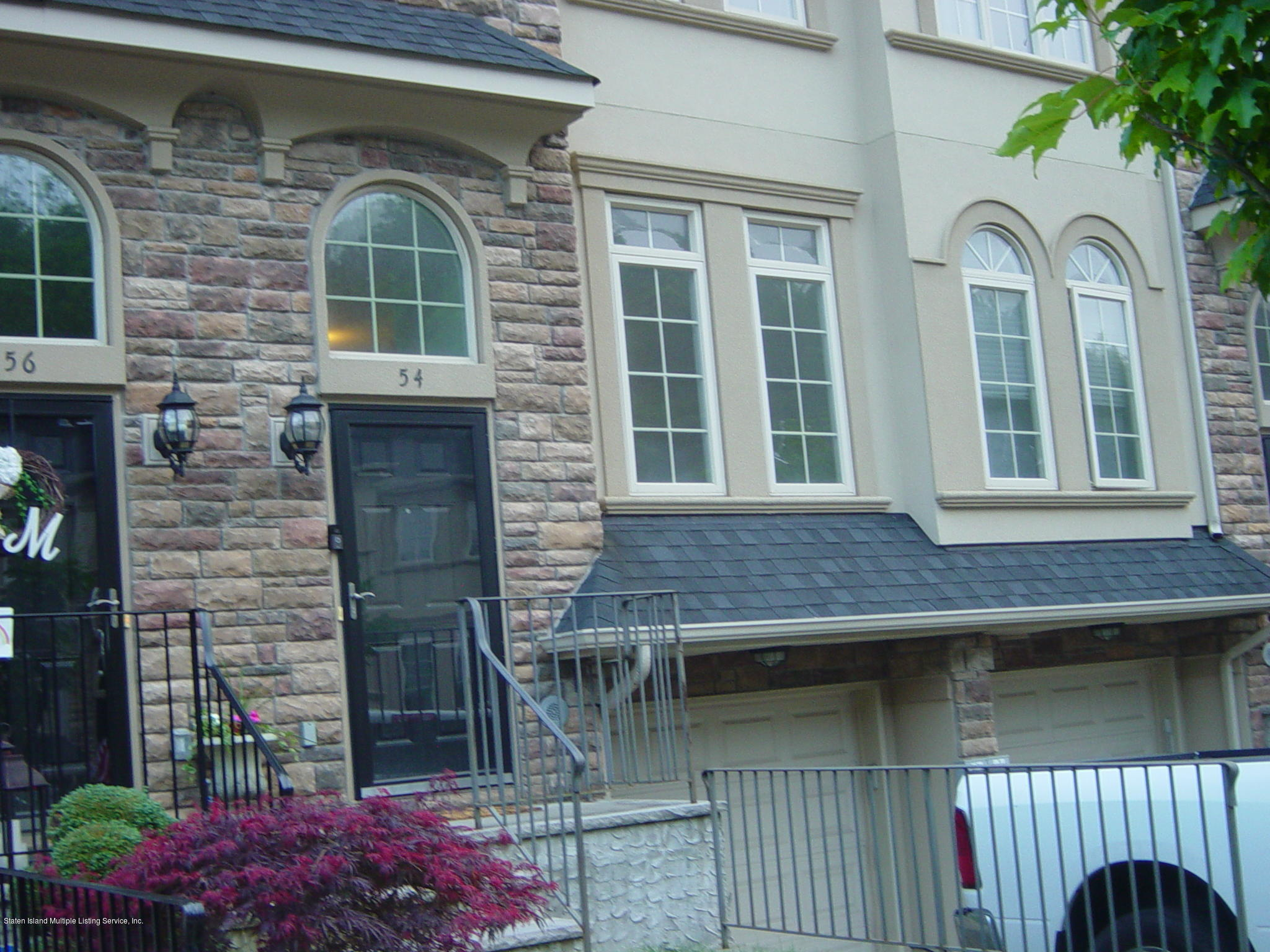 Single Family - Attached 54 Monarch Court  Staten Island, NY 10309, MLS-1137625-2
