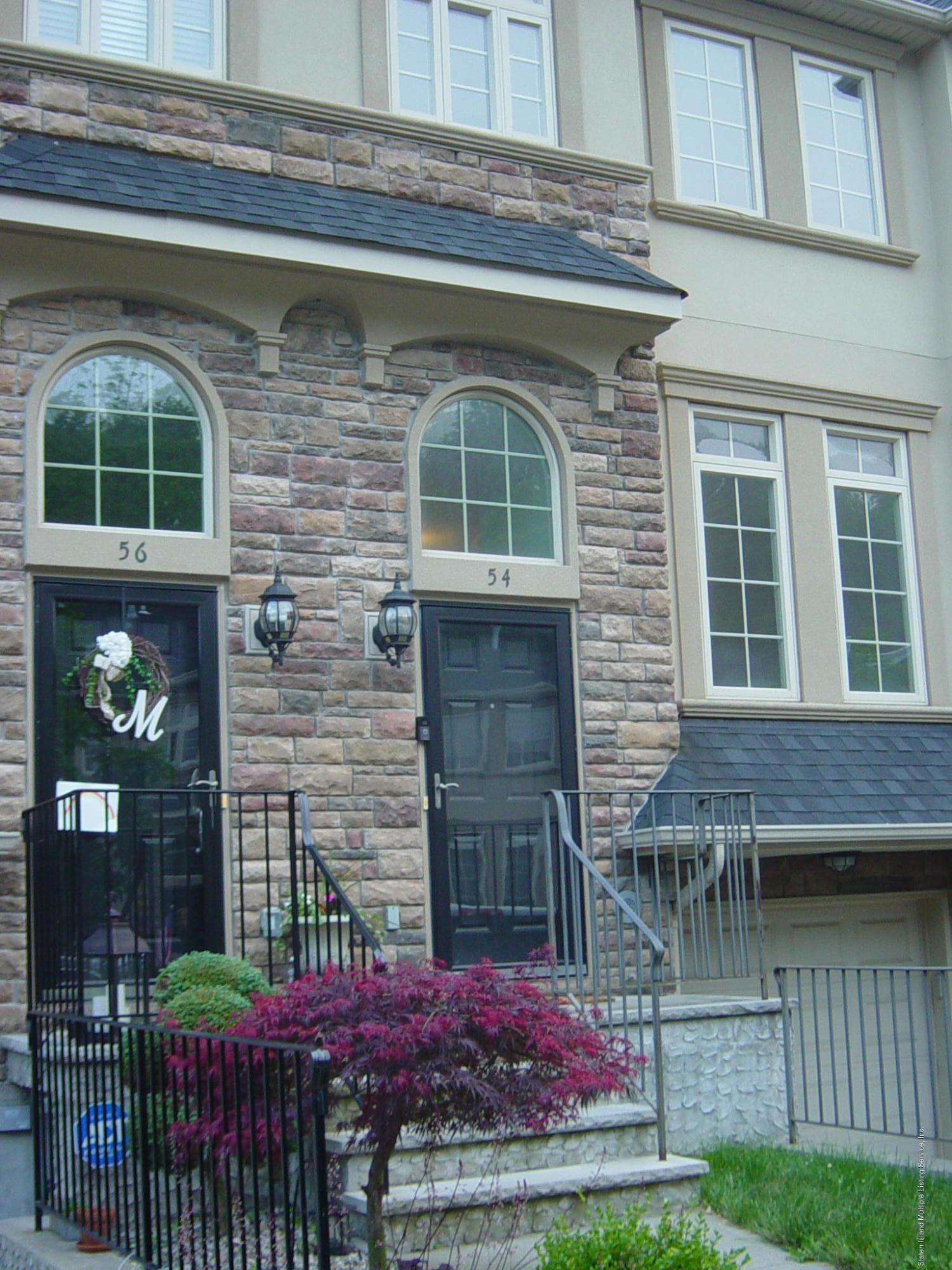 Single Family - Attached in New Springville - 54 Monarch Court  Staten Island, NY 10309