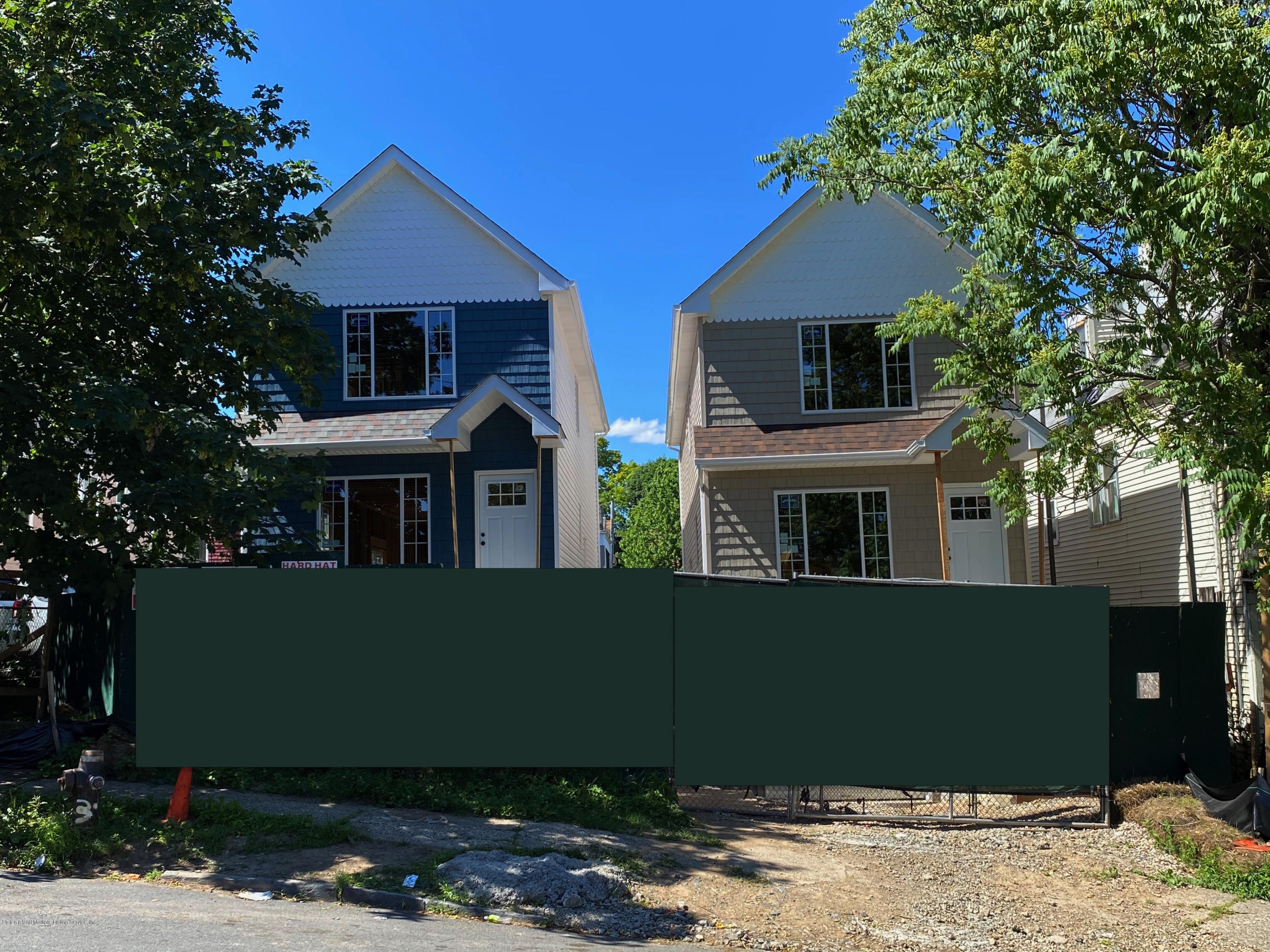 Single Family - Detached in St. George - 27 Scribner Avenue  Staten Island, NY 10301