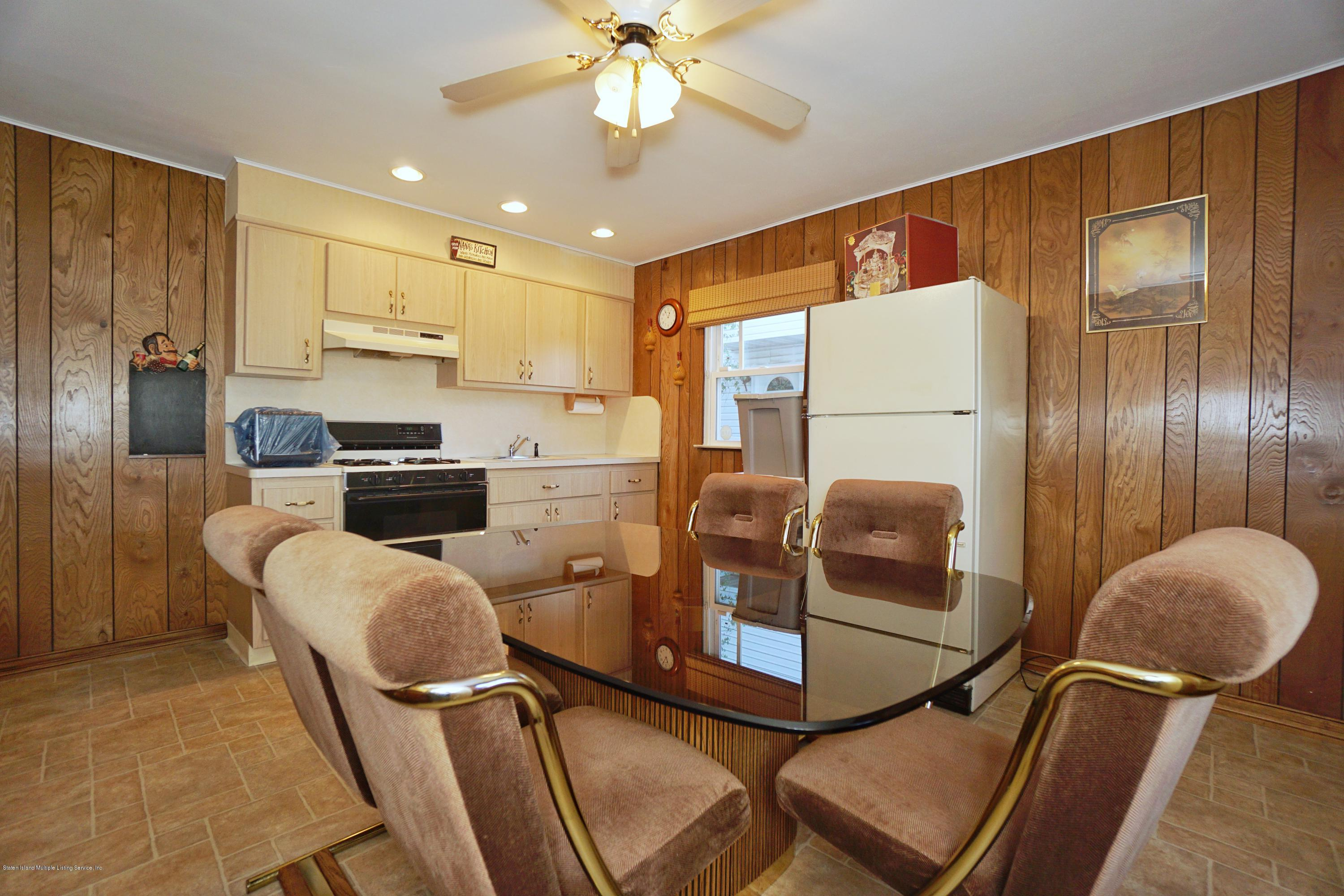 Single Family - Detached 77 Cedarview Avenue  Staten Island, NY 10306, MLS-1137631-28