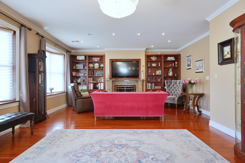 Single Family - Detached 164 Ebbits Street  Staten Island, NY 10306, MLS-1137889-4