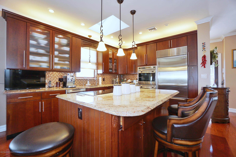 Single Family - Detached 164 Ebbits Street  Staten Island, NY 10306, MLS-1137889-10