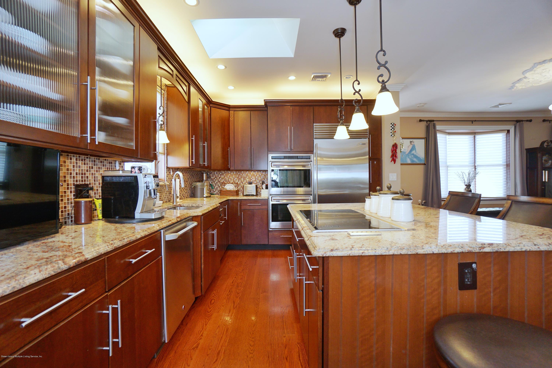 Single Family - Detached 164 Ebbits Street  Staten Island, NY 10306, MLS-1137889-11