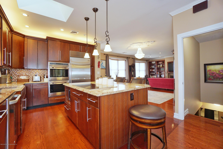 Single Family - Detached 164 Ebbits Street  Staten Island, NY 10306, MLS-1137889-12