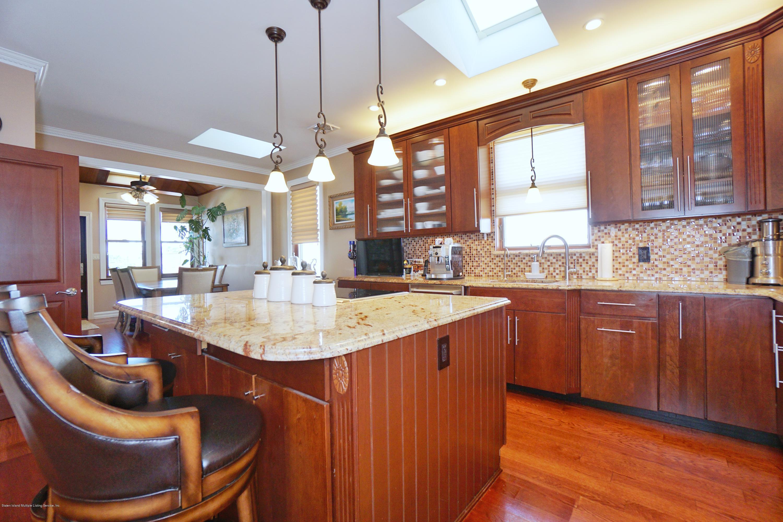 Single Family - Detached 164 Ebbits Street  Staten Island, NY 10306, MLS-1137889-15