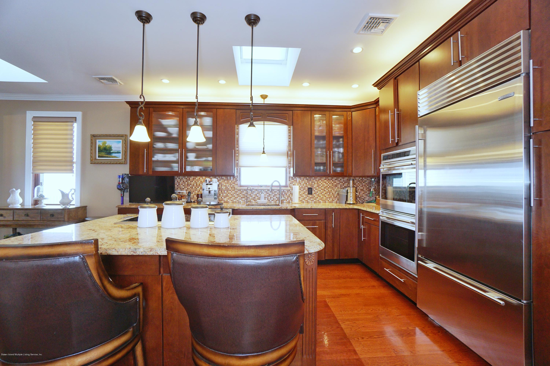 Single Family - Detached 164 Ebbits Street  Staten Island, NY 10306, MLS-1137889-16