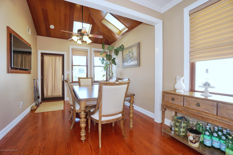 Single Family - Detached 164 Ebbits Street  Staten Island, NY 10306, MLS-1137889-17