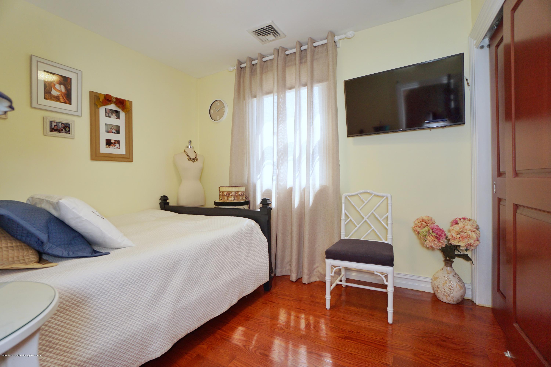 Single Family - Detached 164 Ebbits Street  Staten Island, NY 10306, MLS-1137889-31