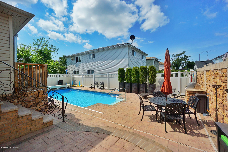 Single Family - Detached 164 Ebbits Street  Staten Island, NY 10306, MLS-1137889-49