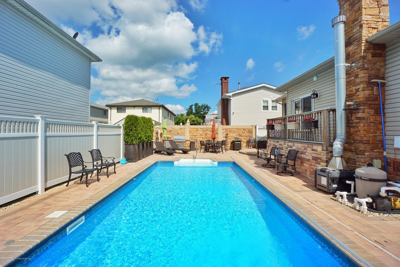 Single Family - Detached 164 Ebbits Street  Staten Island, NY 10306, MLS-1137889-53