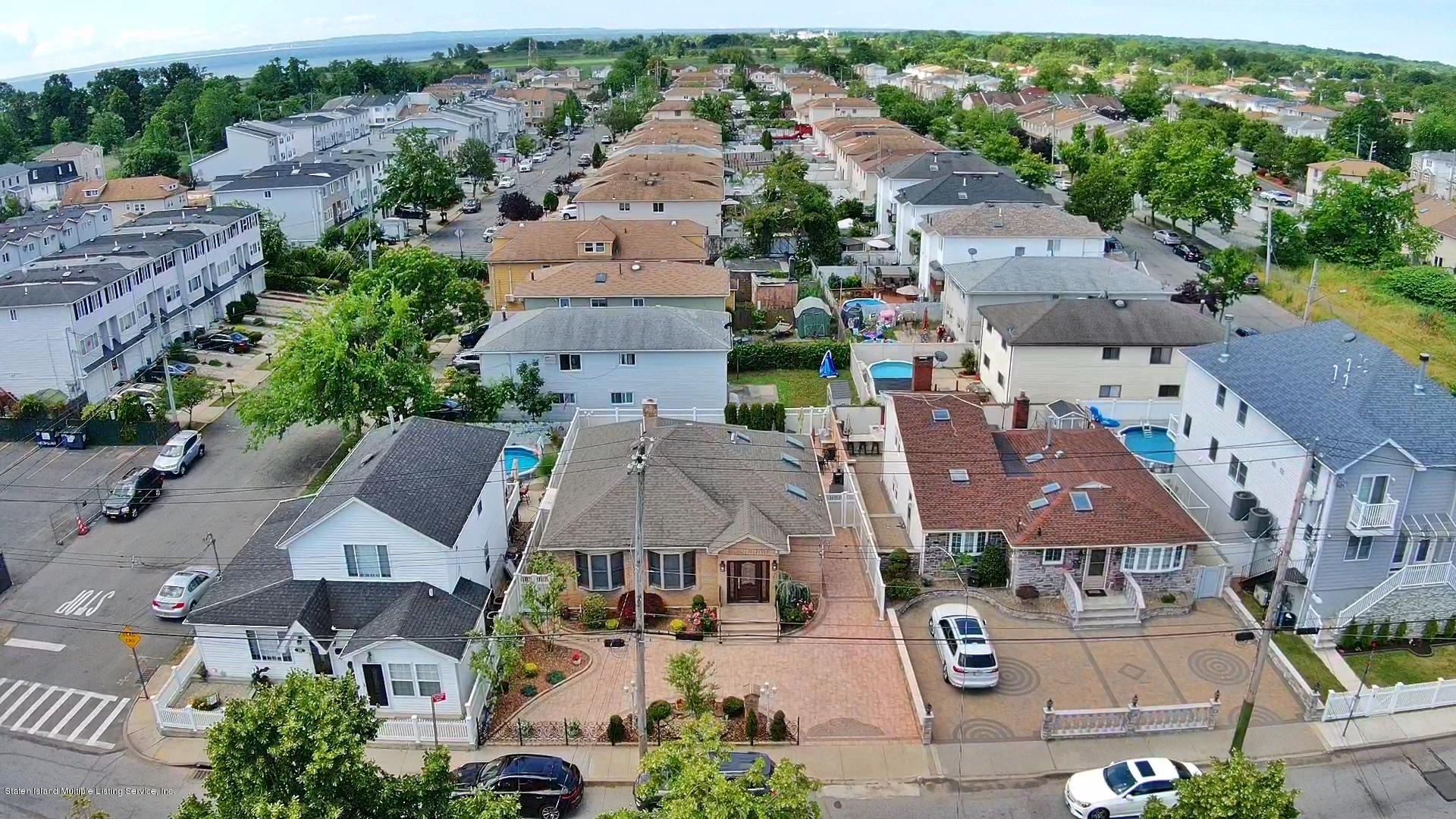 Single Family - Detached 164 Ebbits Street  Staten Island, NY 10306, MLS-1137889-54