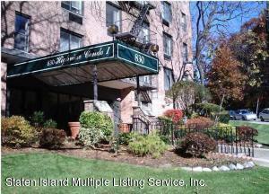 830 Howard Avenue, 3h, Staten Island, NY 10301