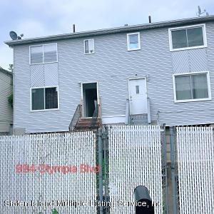994 Olympia Blvd, Staten Island, NY 10306