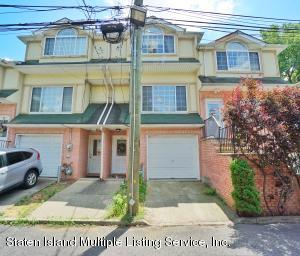 20 Cranberry Court, Staten Island, NY 10309