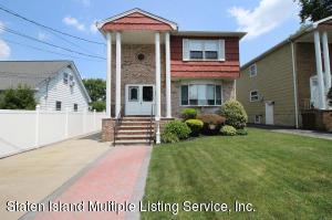 241 Lawrence Avenue, Staten Island, NY 10310