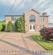 35 Dawson Circle, Staten Island, NY 10314