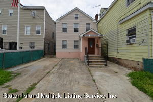 192 Targee Street, Staten Island, NY 10304