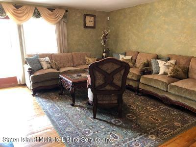 Single Family - Semi-Attached 729 Willowbrook Road  Staten Island, NY 10314, MLS-1137232-20