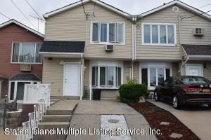 7 Mc Cormick Place, Staten Island, NY 10305