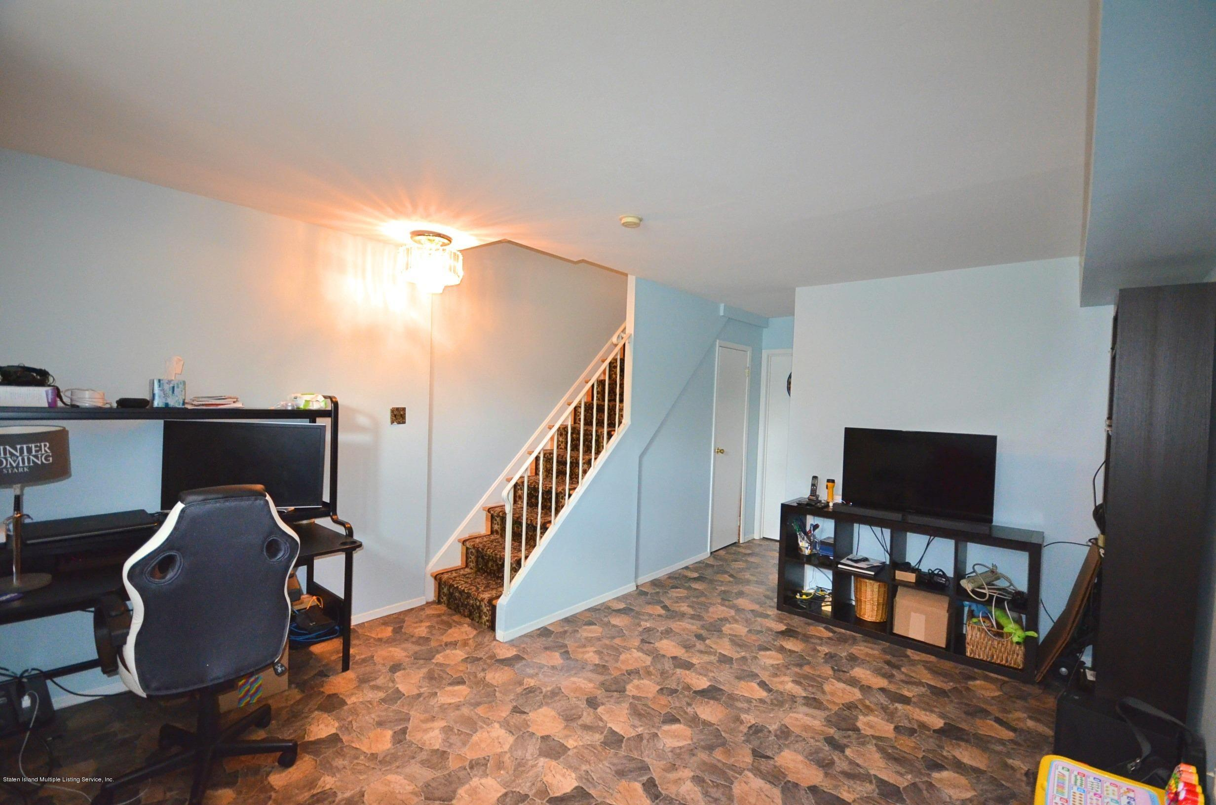 Single Family - Attached 16 Lillie Lane  Staten Island, NY 10314, MLS-1138605-21