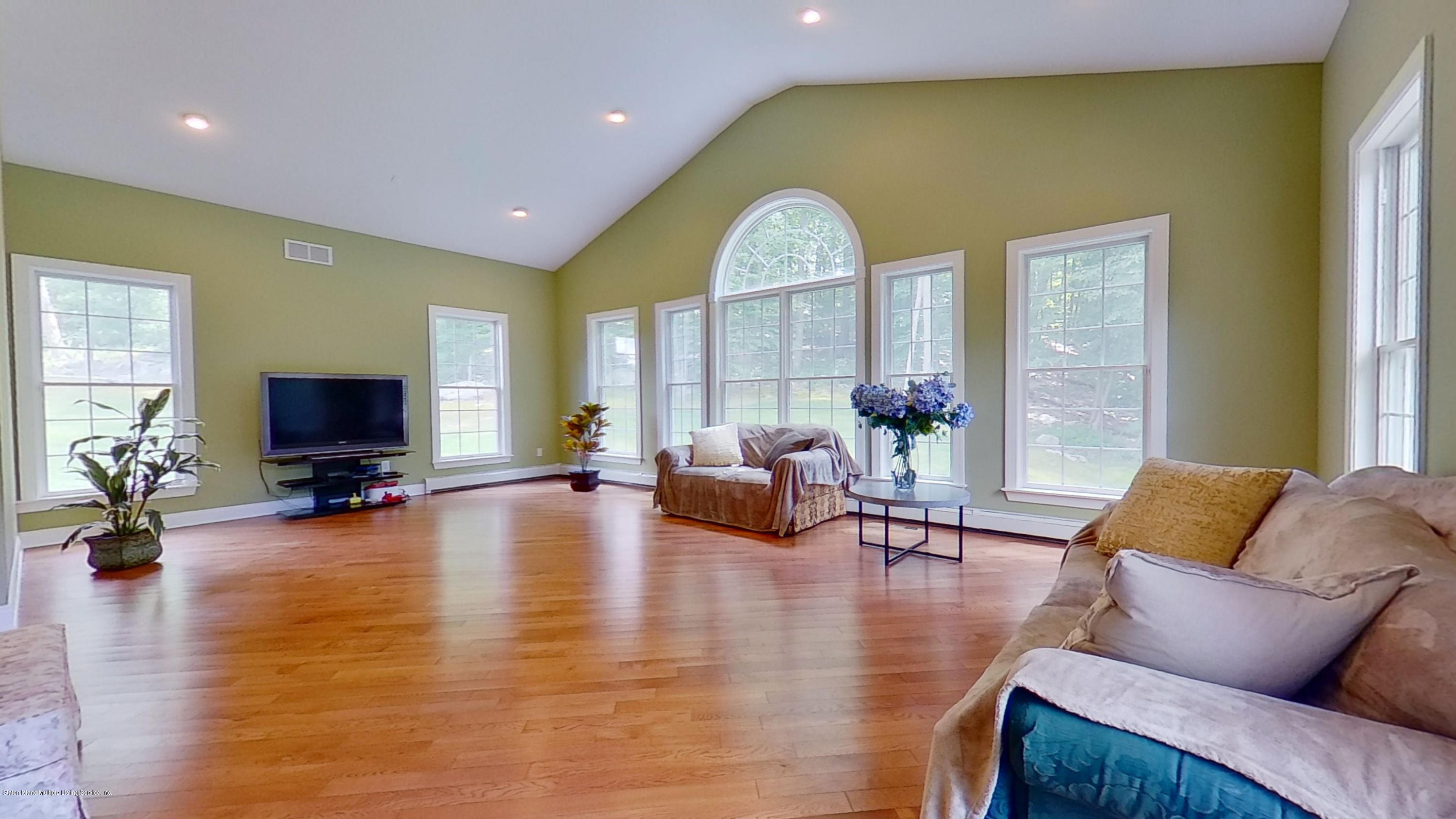 Single Family - Detached 239 Glen Road  Out Of Area, NY 07405, MLS-1138755-14
