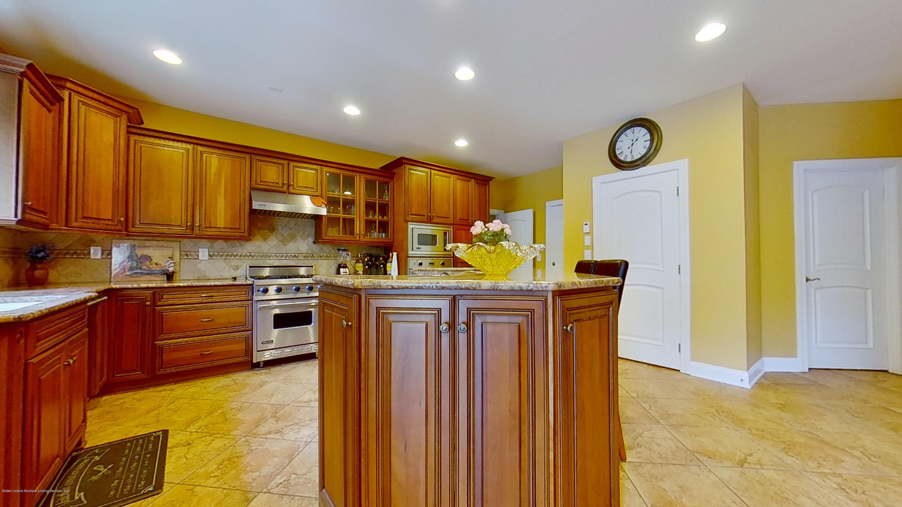 Single Family - Detached 239 Glen Road  Out Of Area, NY 07405, MLS-1138755-18