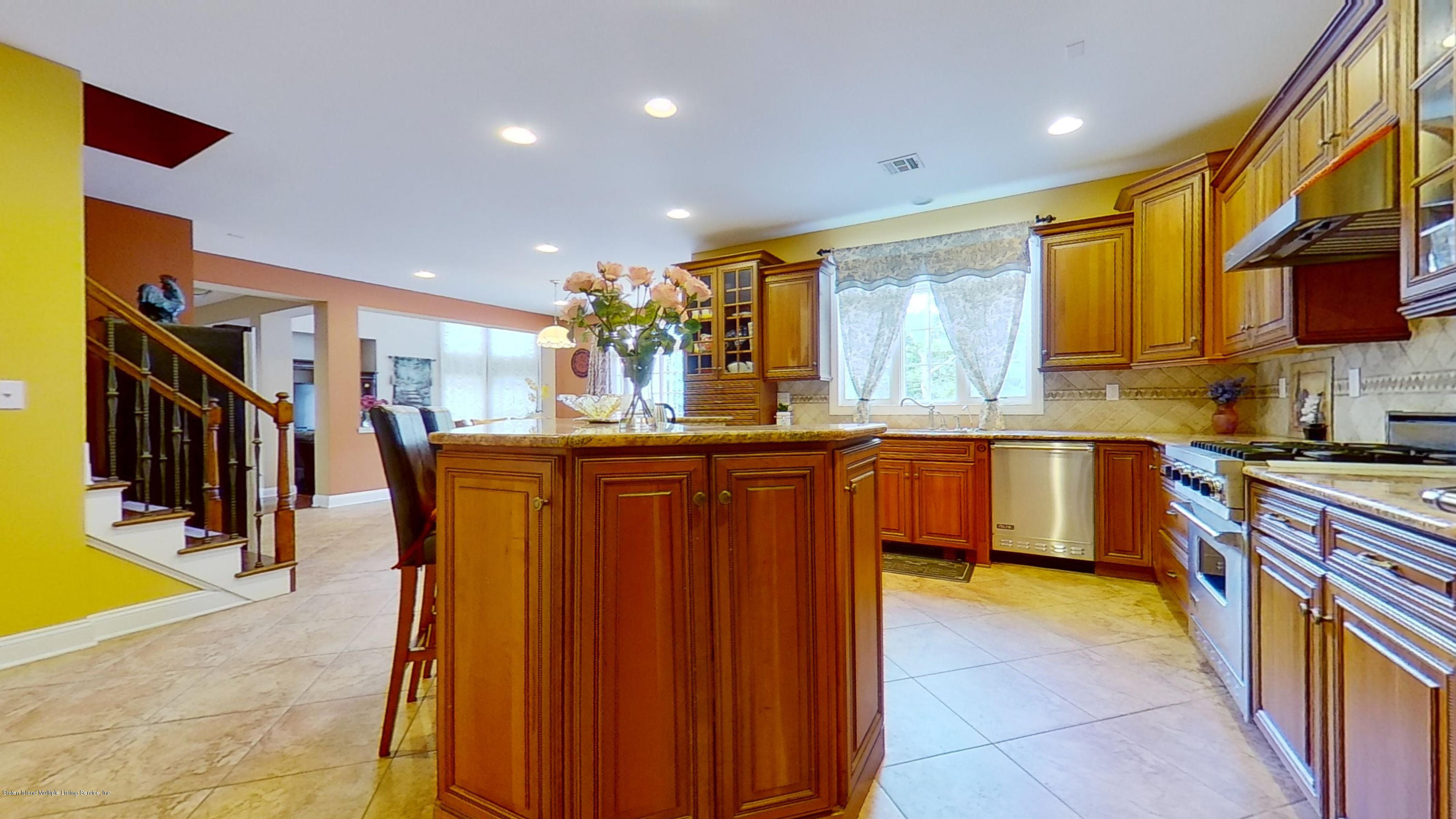 Single Family - Detached 239 Glen Road  Out Of Area, NY 07405, MLS-1138755-21