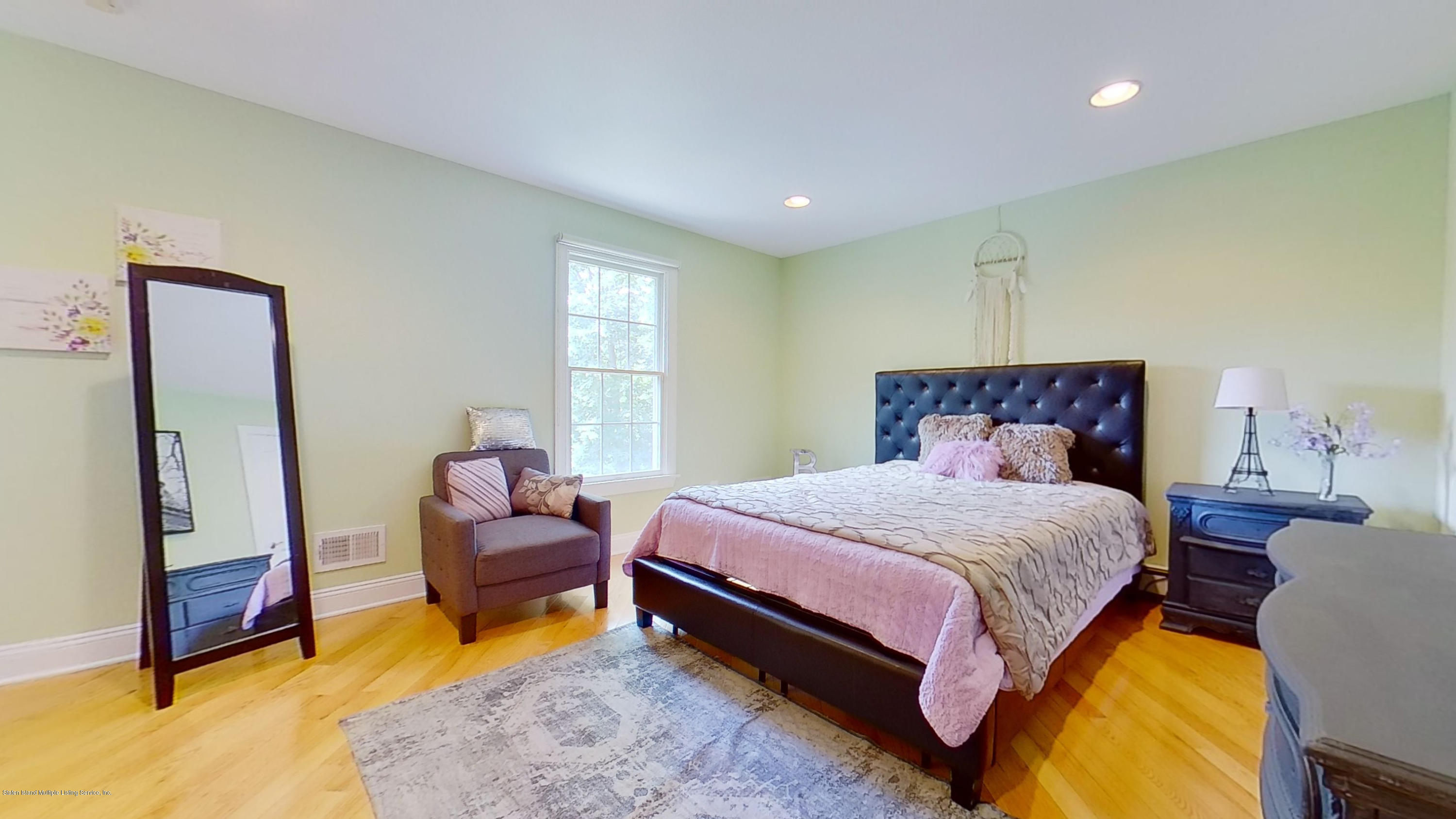 Single Family - Detached 239 Glen Road  Out Of Area, NY 07405, MLS-1138755-54