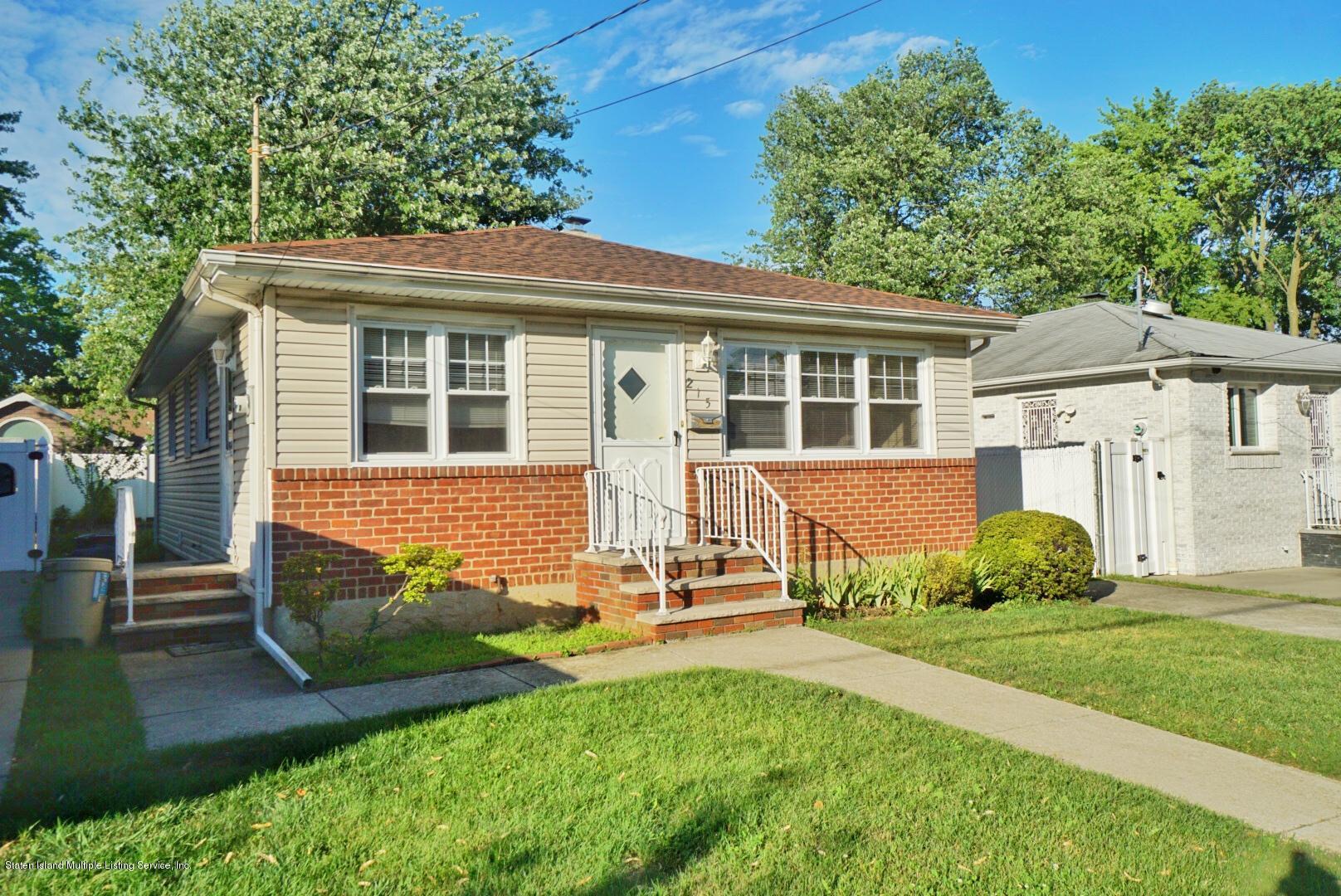 Single Family - Detached in Oakwood - 215 Fairbanks Avenue  Staten Island, NY 10306