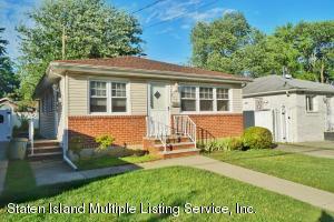215 Fairbanks Avenue, Staten Island, NY 10306