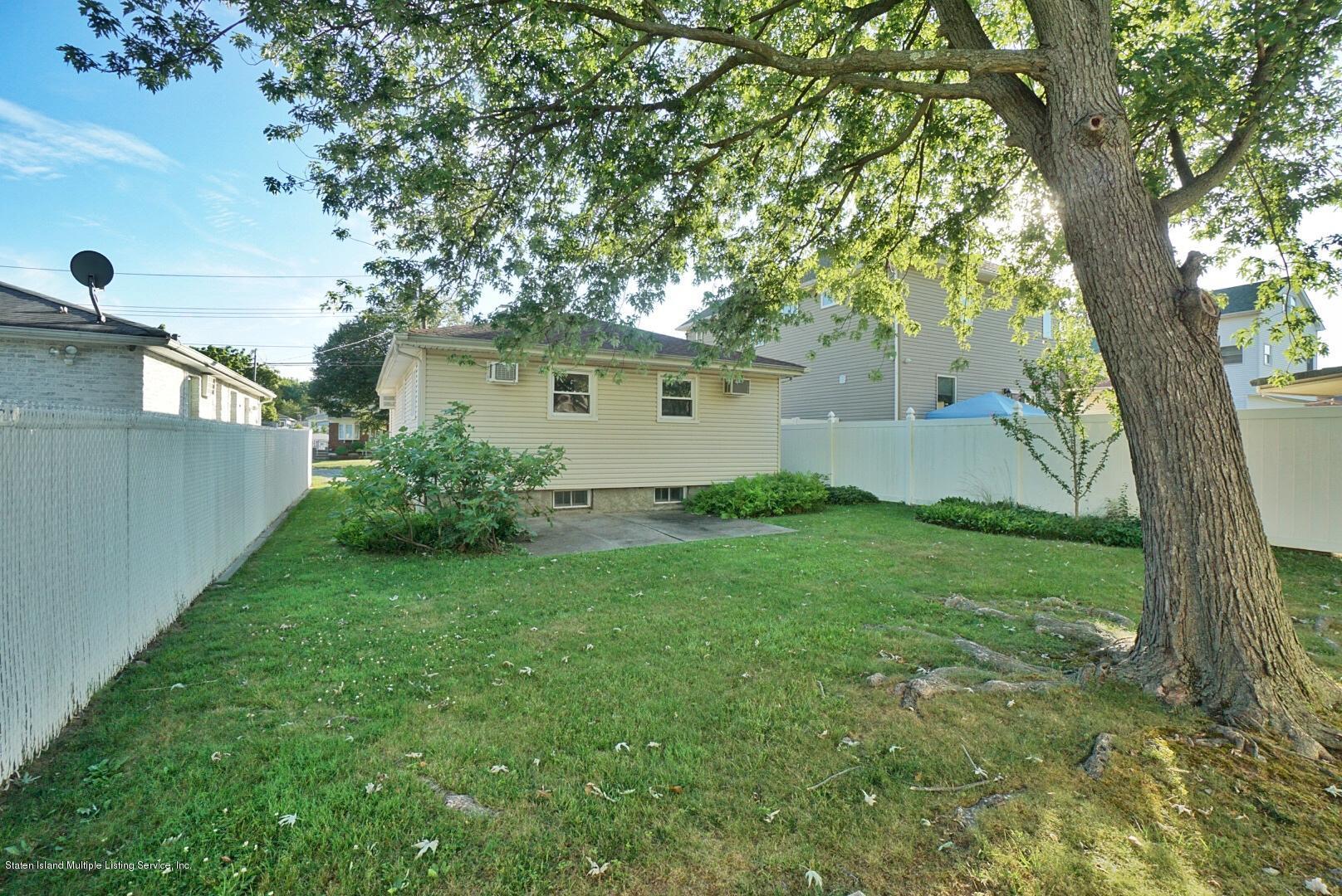 Single Family - Detached 215 Fairbanks Avenue  Staten Island, NY 10306, MLS-1138817-4