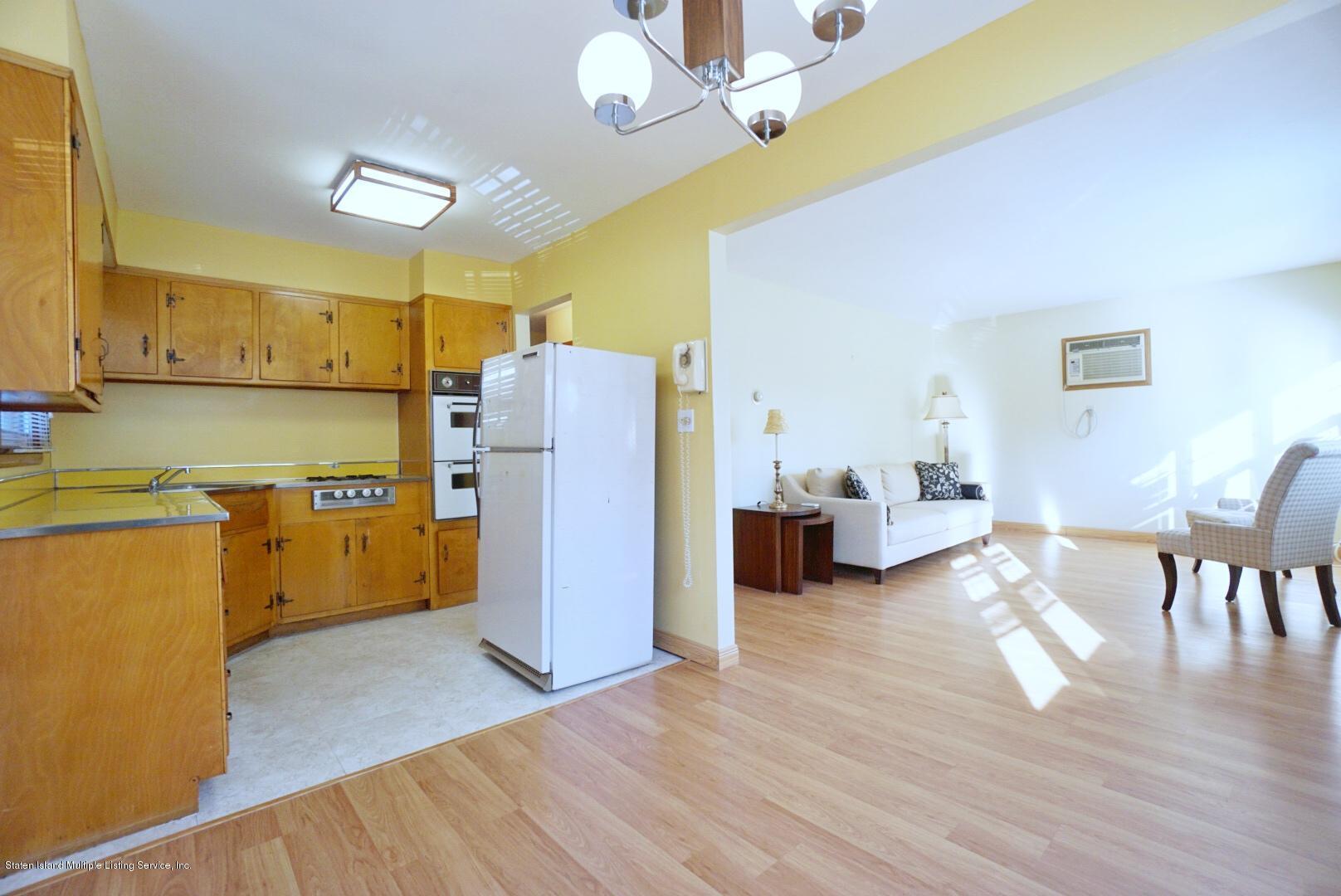 Single Family - Detached 215 Fairbanks Avenue  Staten Island, NY 10306, MLS-1138817-13
