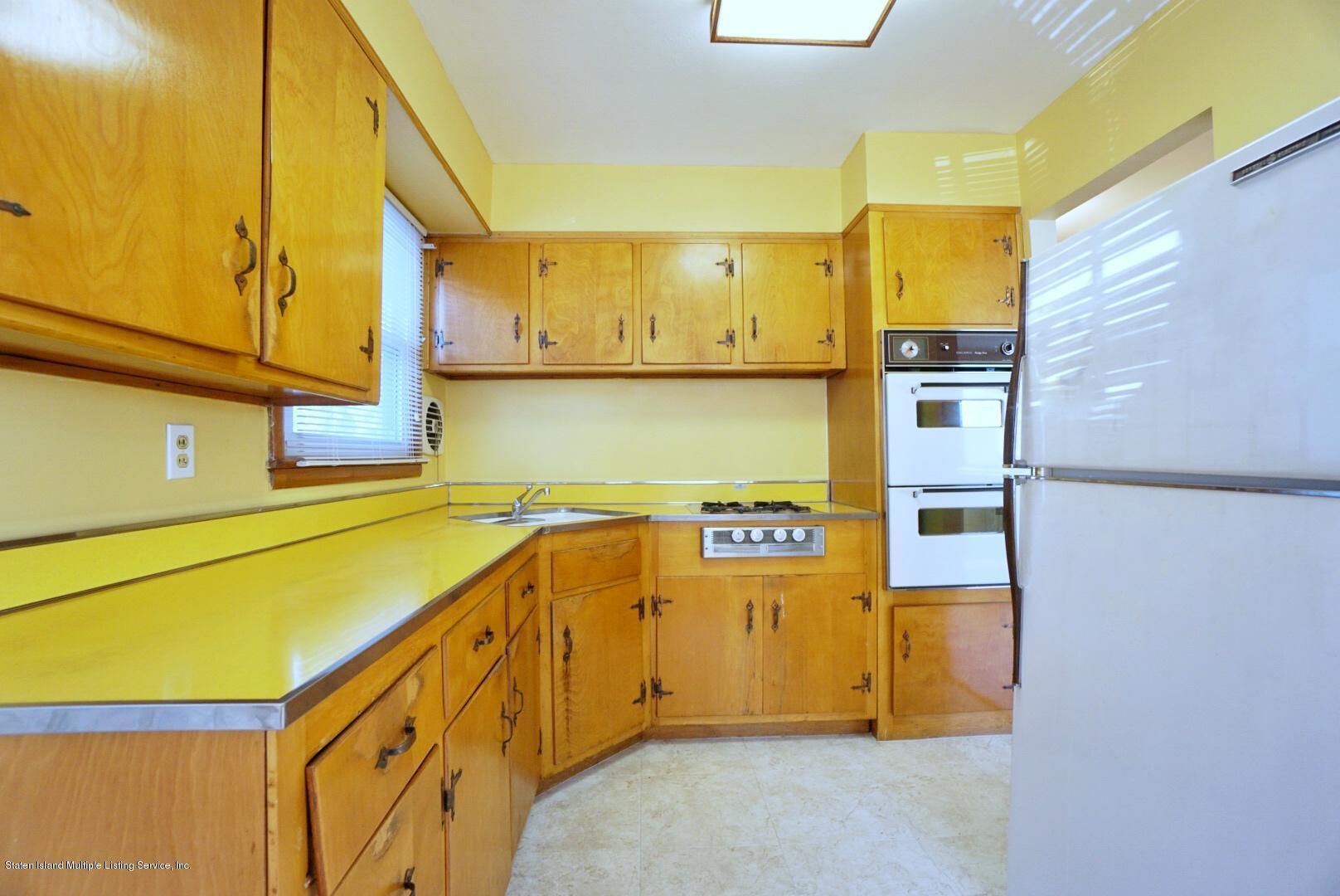 Single Family - Detached 215 Fairbanks Avenue  Staten Island, NY 10306, MLS-1138817-15