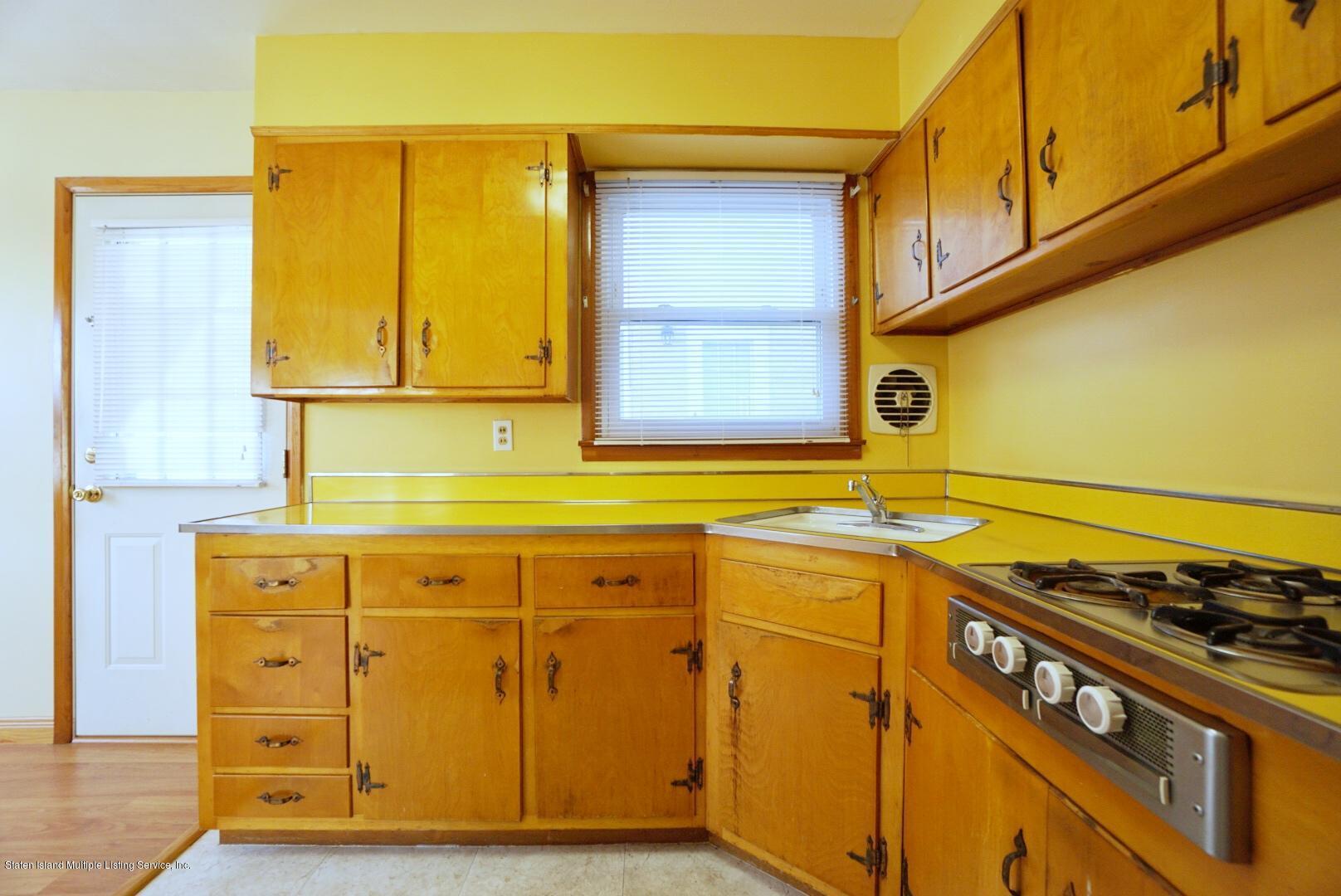 Single Family - Detached 215 Fairbanks Avenue  Staten Island, NY 10306, MLS-1138817-16