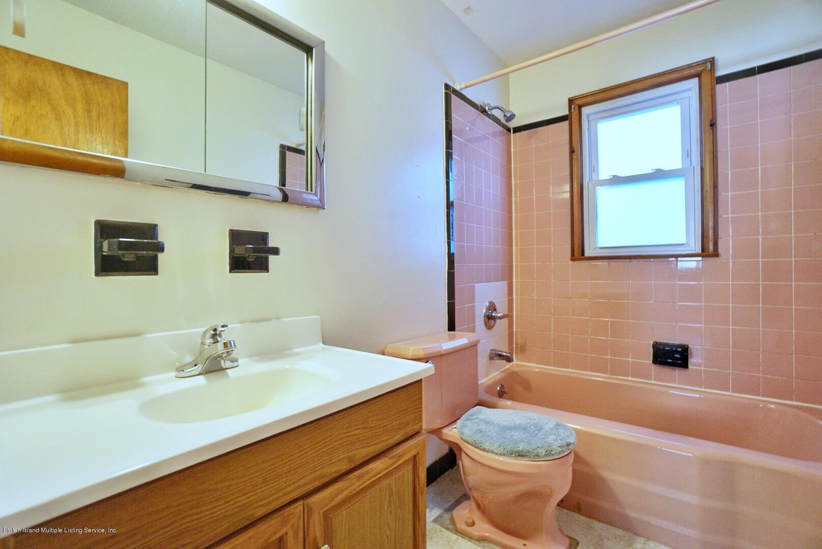 Single Family - Detached 215 Fairbanks Avenue  Staten Island, NY 10306, MLS-1138817-19